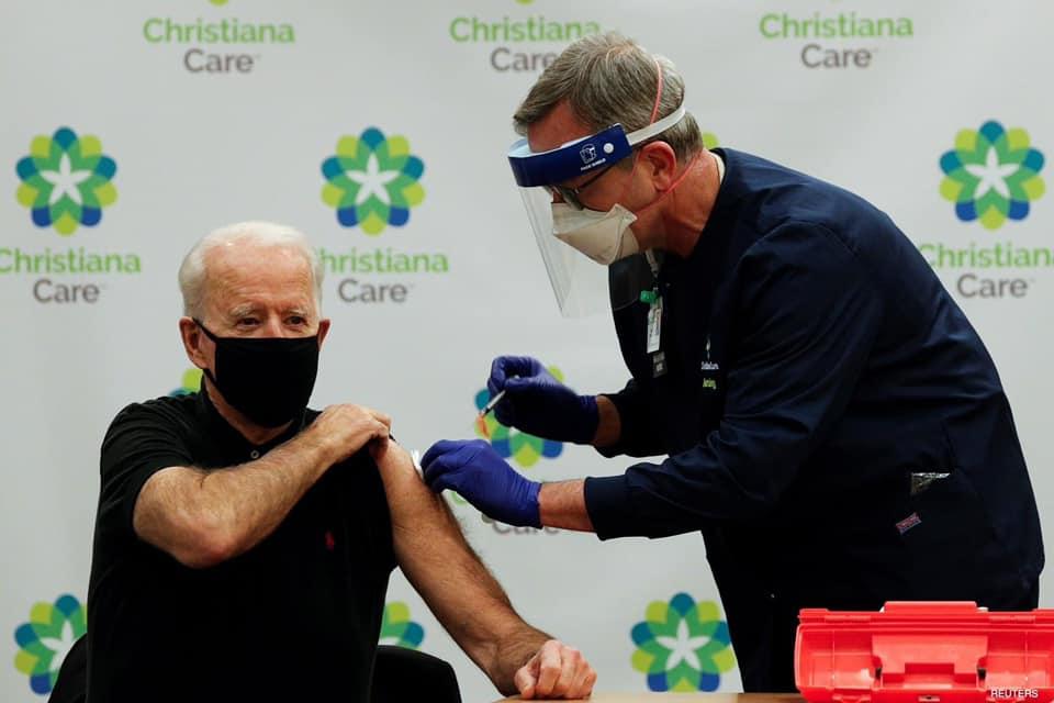 جۆبایدن دەرزی دووەمی ڤاکسینی دژی ڤایرۆسی کۆرۆنای لێدرا